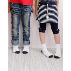 學生運動氣墊襪-白色