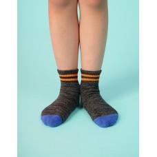 撞色雙橫線條氣墊襪-黑色
