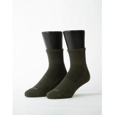 素色美學氣墊運動襪-軍綠