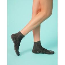 輕壓力氣墊機能襪-深灰
